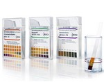 แผ่นวัด pH ( pH-indicator strips pH 2.5 – 4.5 )
